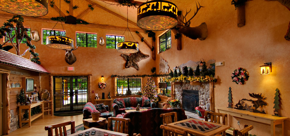 The Grand Lobby in Spring at Meadowbrook Resort & DellsPackages.com in Wisconsin Dells